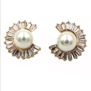 Gold noble circle crystal pearl earrings